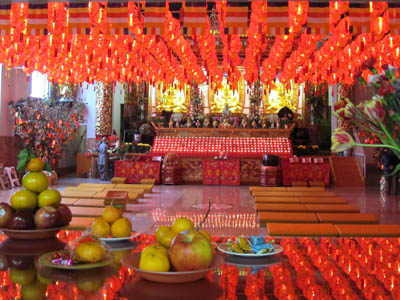 Ching Kwok Buddhist Temple. Bathurst St. Image Copyright ©2013 Ruth  Lor Malloy.