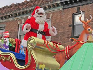 551. Santa Claus Parade this Sunday November 15, 2015