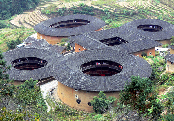 Image of Traditional Hakka Dwellings courtesy of Wikipedia