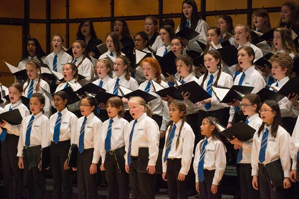 Image of Bach Children's Chorus from Bach Children's Chorus website.